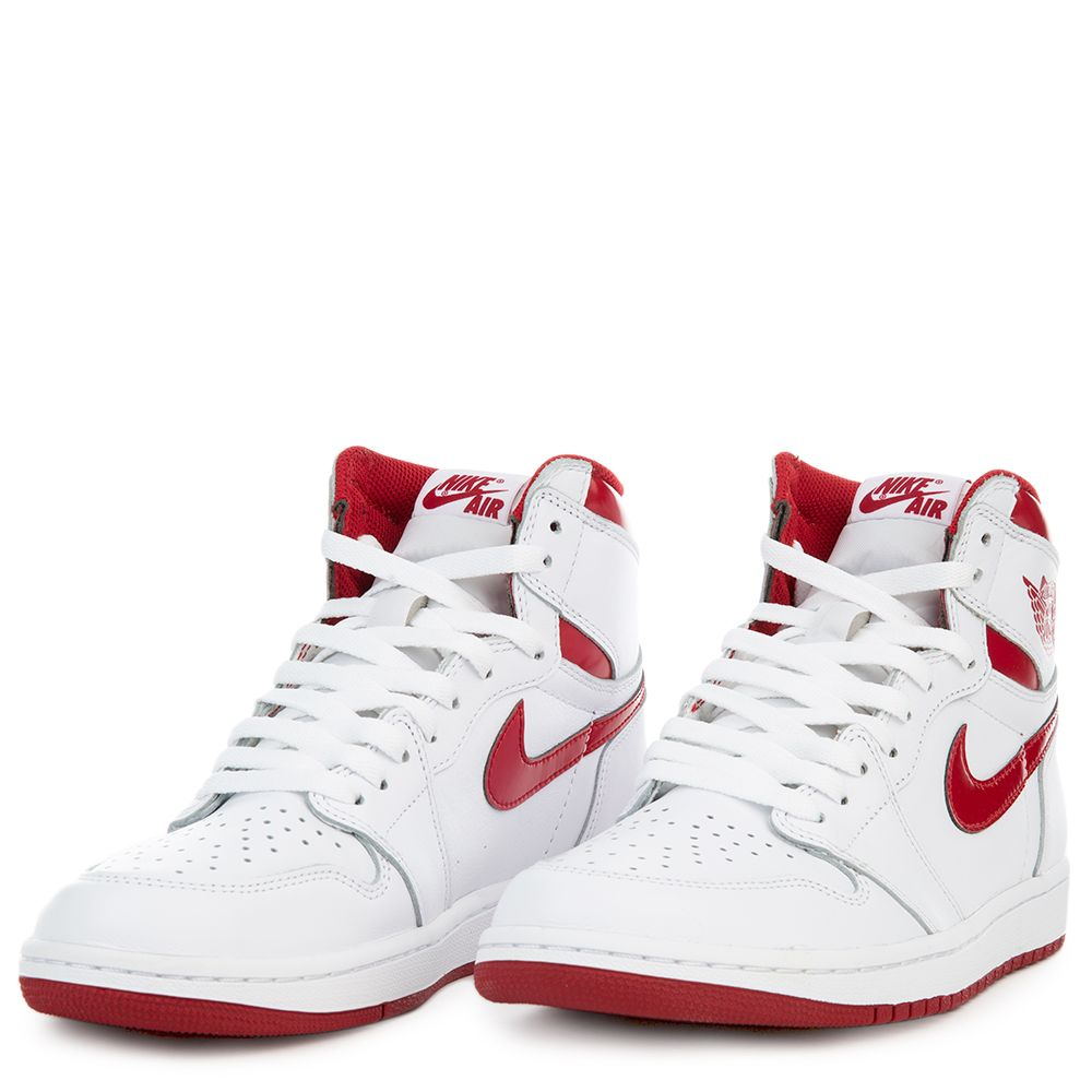 air jordan 1 retro high og white varsity red. Black Bedroom Furniture Sets. Home Design Ideas