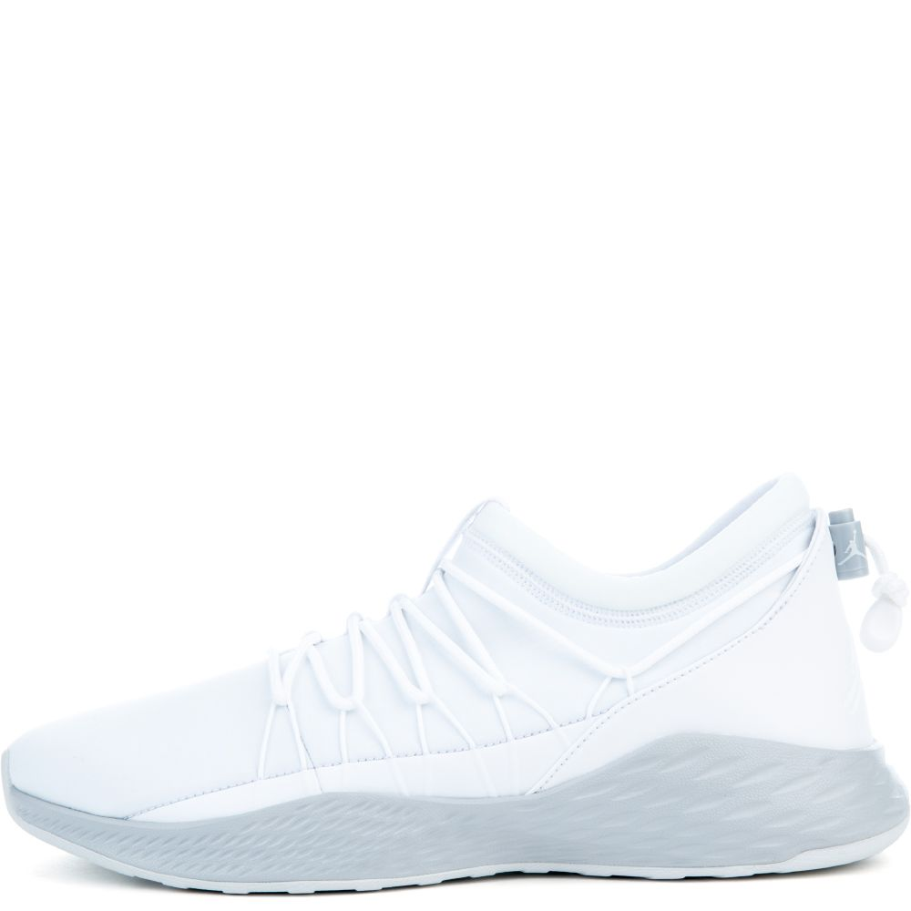 47a08993c1e jordan formula 23 toggle white/wolf grey-pure platinum