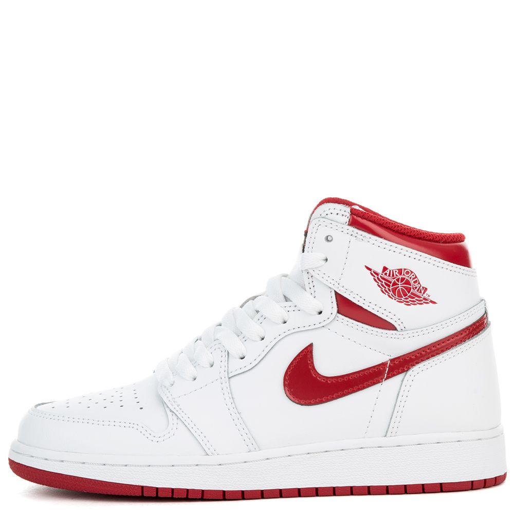 boys  air jordan 1 retro high og (gs) shoe white varsity red 3995931b1