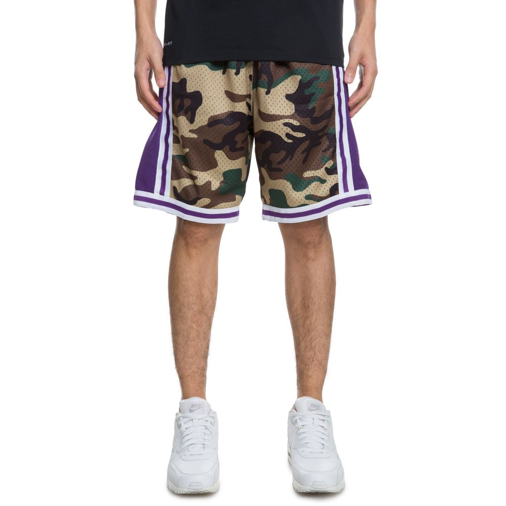 8a2ddfaf27ca LOS ANGELES LAKERS WOODLAND CAMO SWINGMAN SHORTS ...
