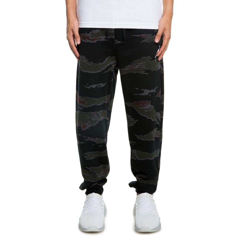 cce4e14bcfc9 JSW JUMPMAN FLEECE CAMO PANTS BLACK   WHITE