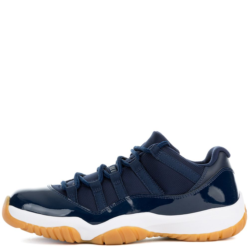 air jordan 11 retro low midnight navy white-gum light brown 898786fc5