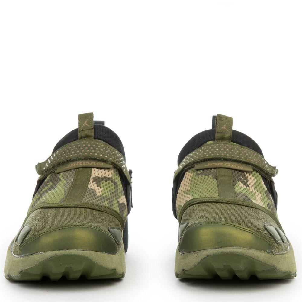 3a702b363ebeb Jordan Trunner Lx PR HC BLACK/BLACK-LEGION GREEN-PALM GREEN