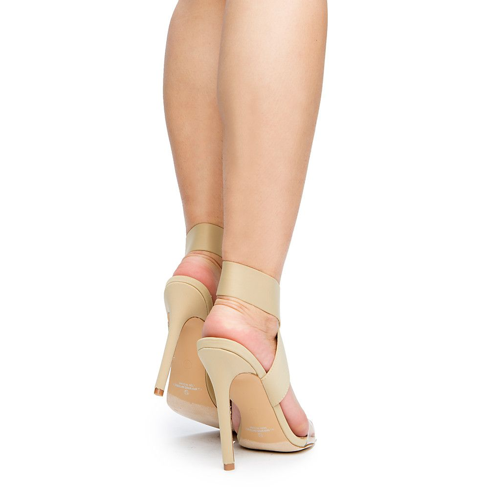 957889c7bb74 Women s Golem-1 Strappy Heel Nude