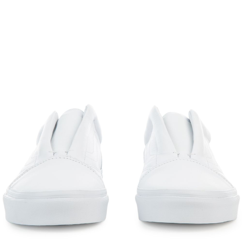 a1c800a8a5 WOMEN S OLD SKOOL LACELESS DX White
