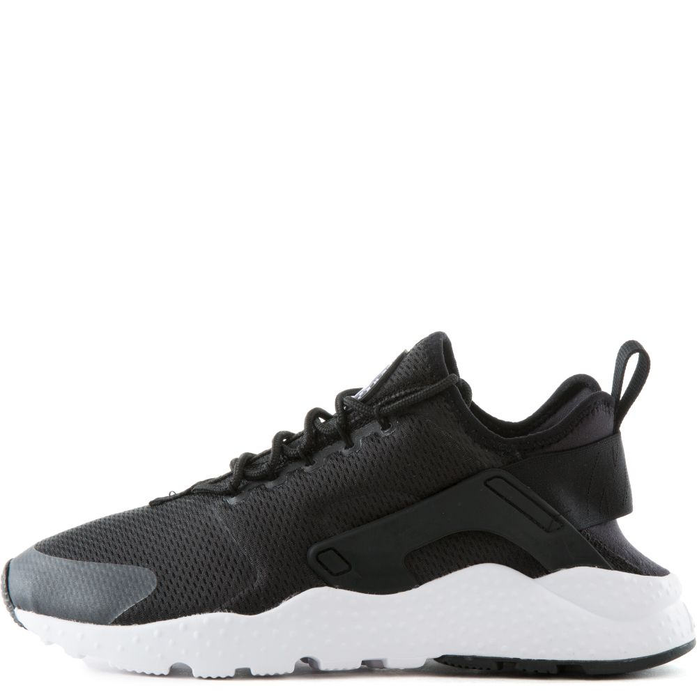 a3df2822f936 W AIR HUARACHE RUN ULTRA Black White