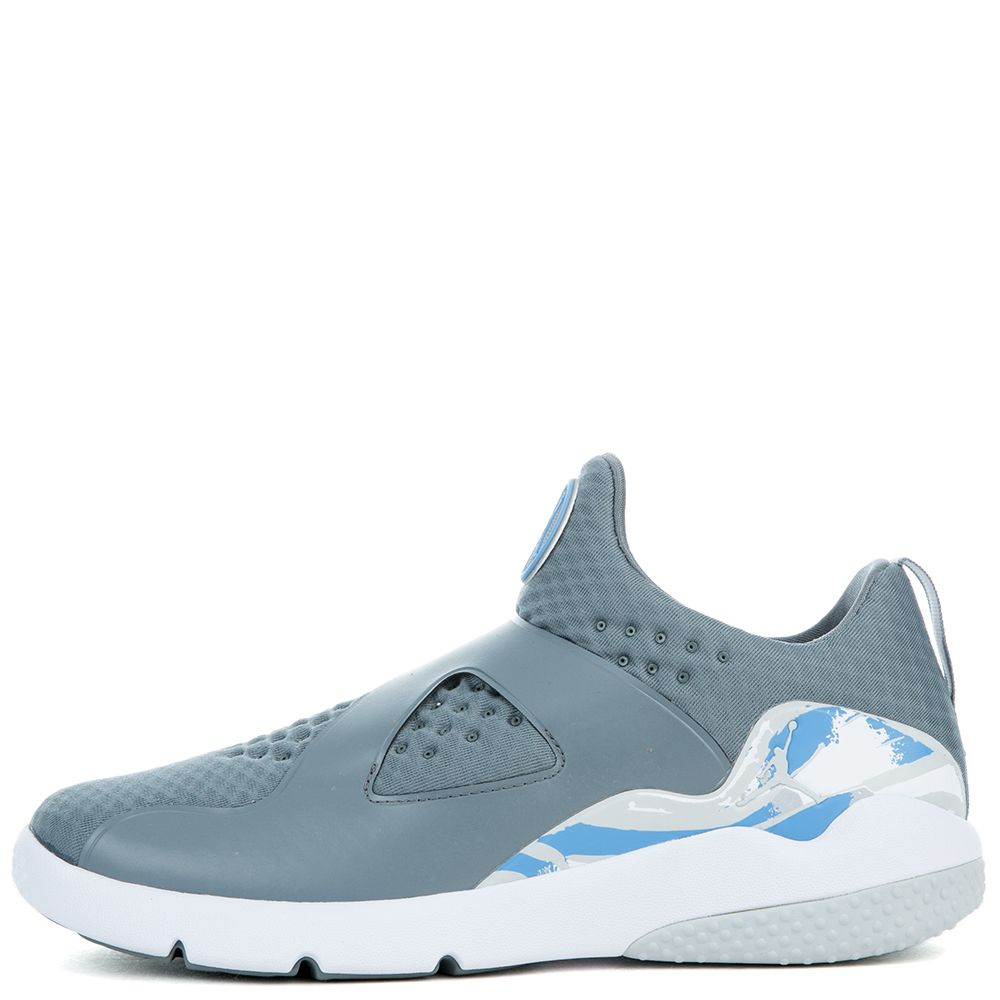JORDAN TRAINER ESSENTIAL COOL GREY PURE PLATINUM-WHITE 76d6fe095
