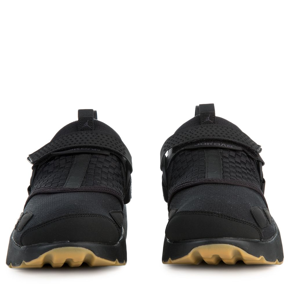 9e5f22ea44f Jordan Trunner Lx BLACK ANTHRACITE-GUM YELLOW
