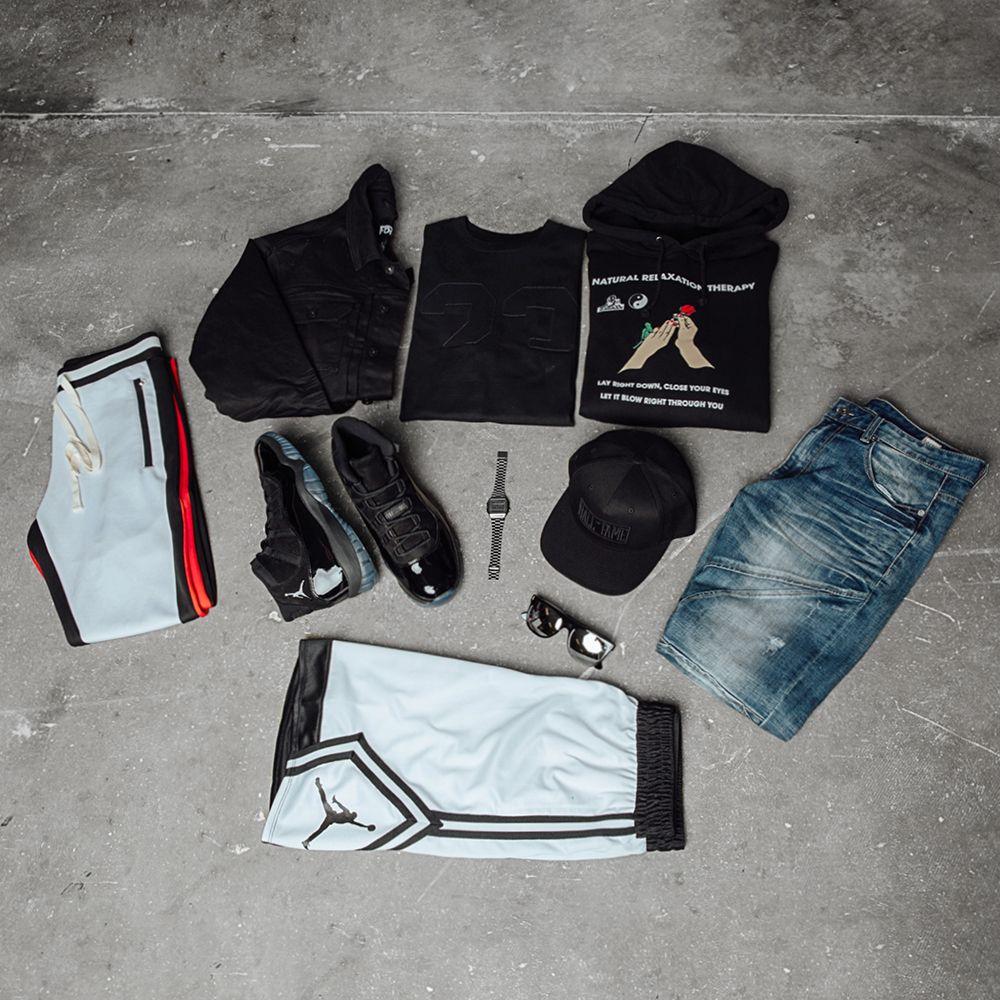 Jordan 11 Cap And Gown Bundle