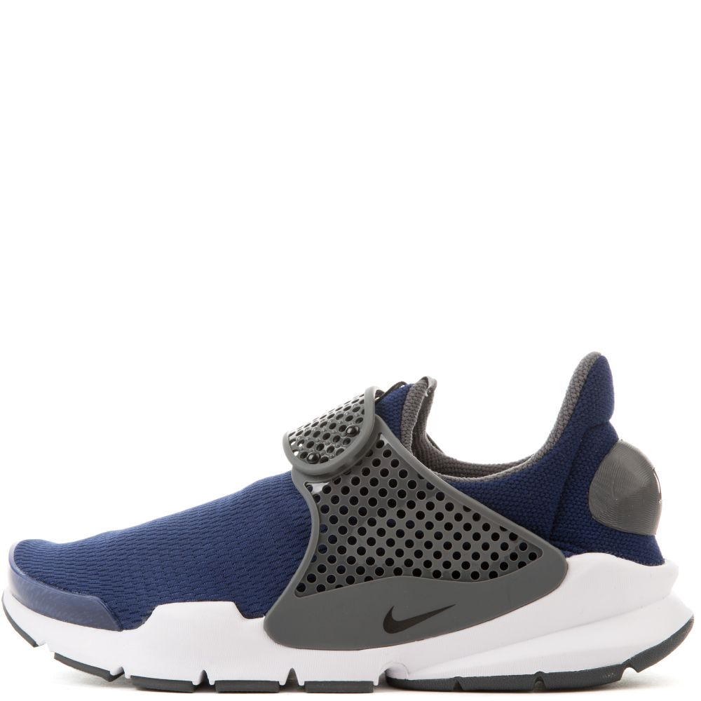 hot sales 9b417 44c91 Nike Sock Dart Big Kids' Shoe Black/Grey