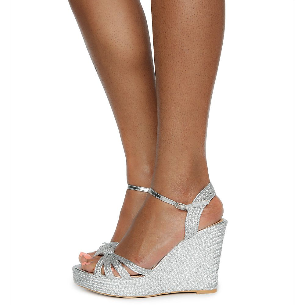 Women S Rina 01s Wedges Silver