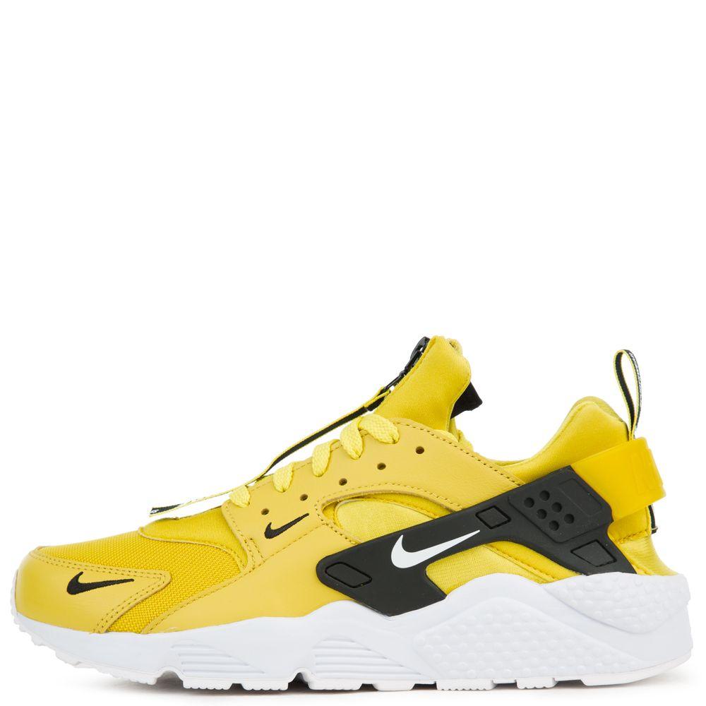 yellow huaraches on feet