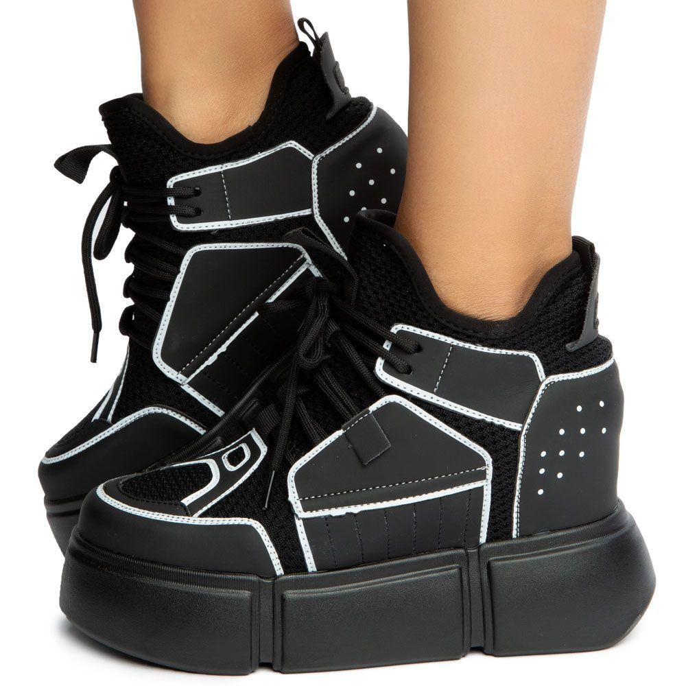 Cranberry-01 Platform Sneakers