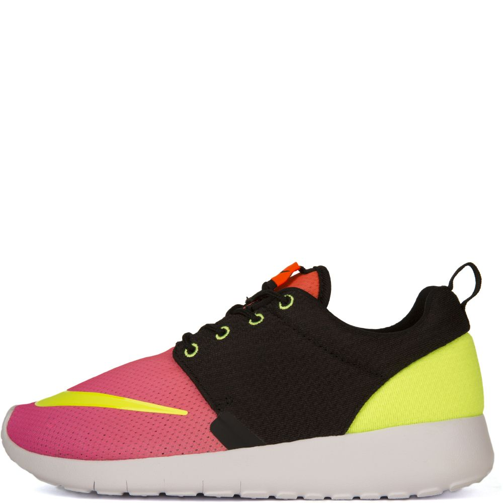 huge selection of ba5da 87153 NIKE ROSHE ONE FB (G Black/pink/yellow
