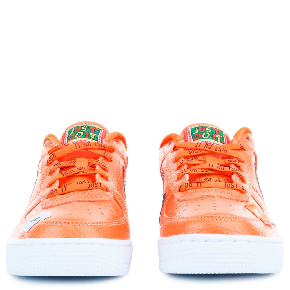 Mens Womens Casual Shoes Sneakers Nike Air Force 1 Low Black Total Orange White Cool Grey AO3977 00 ao3977 00