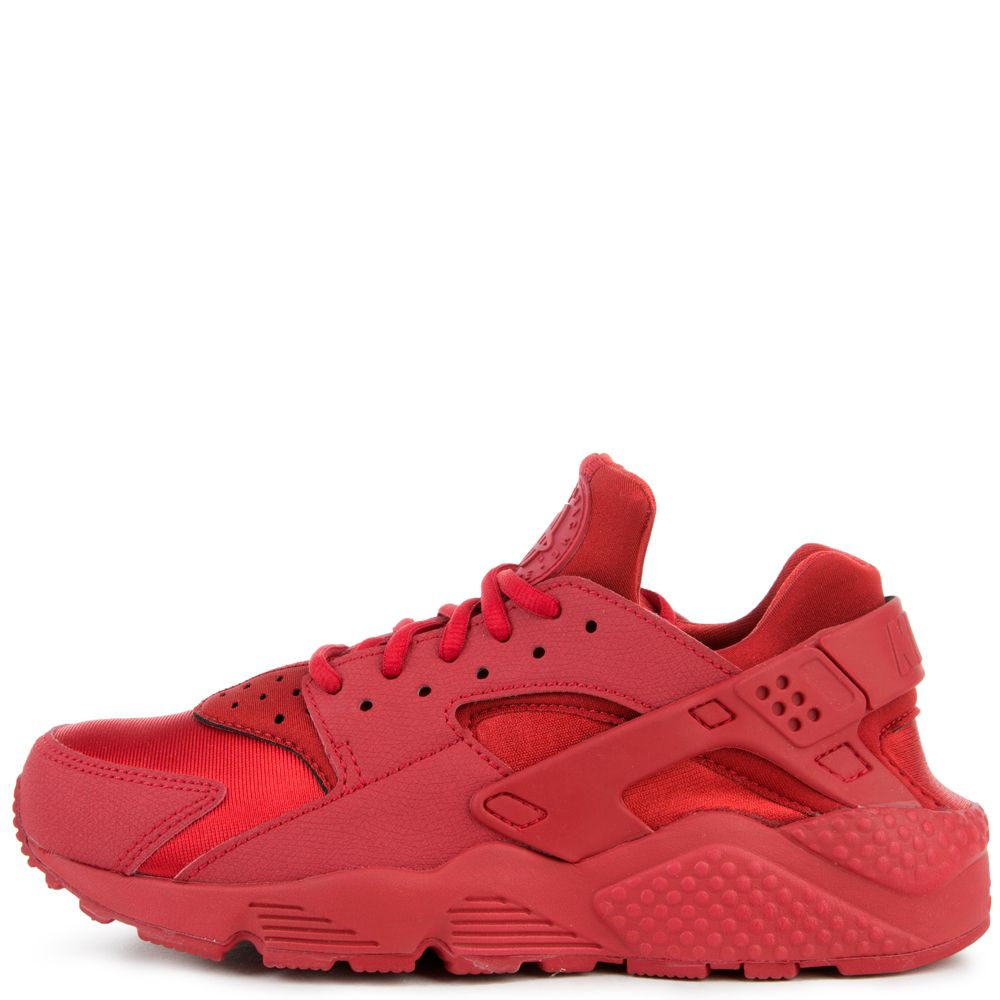 gym red shoes