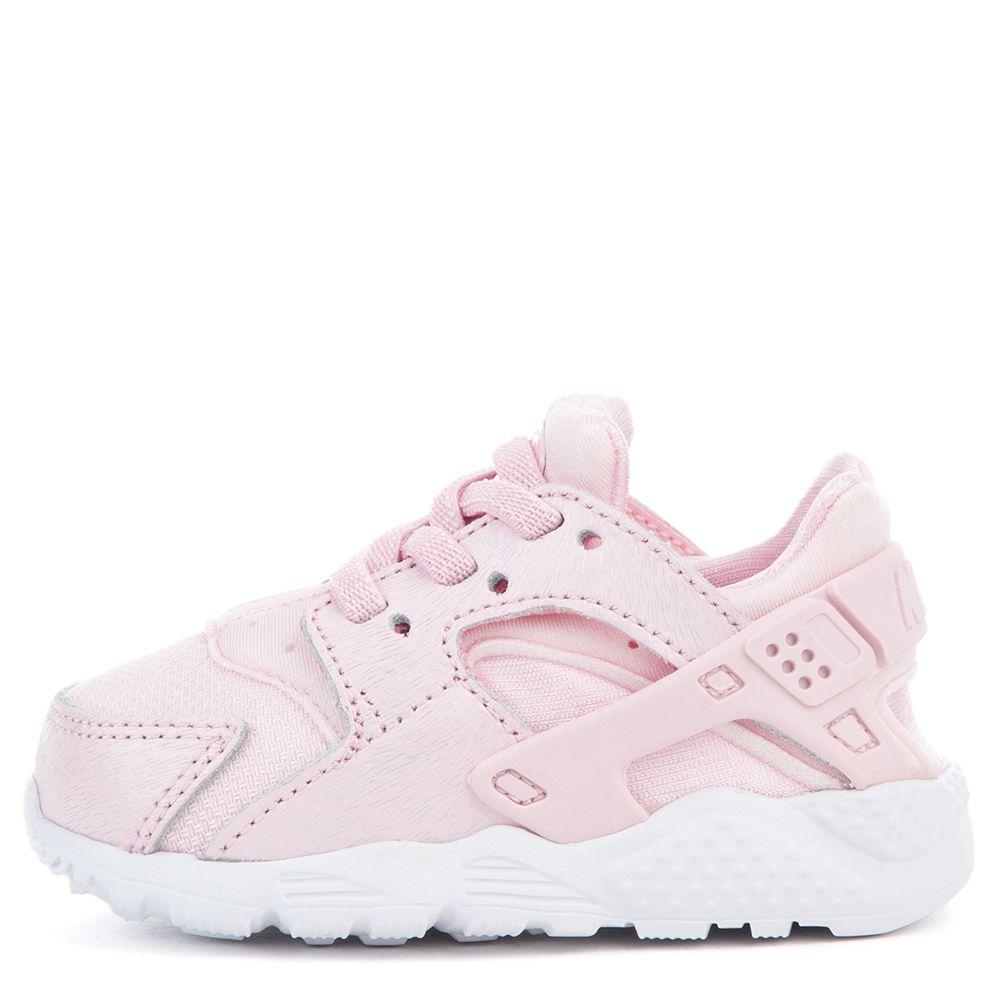 nike huarache se pink