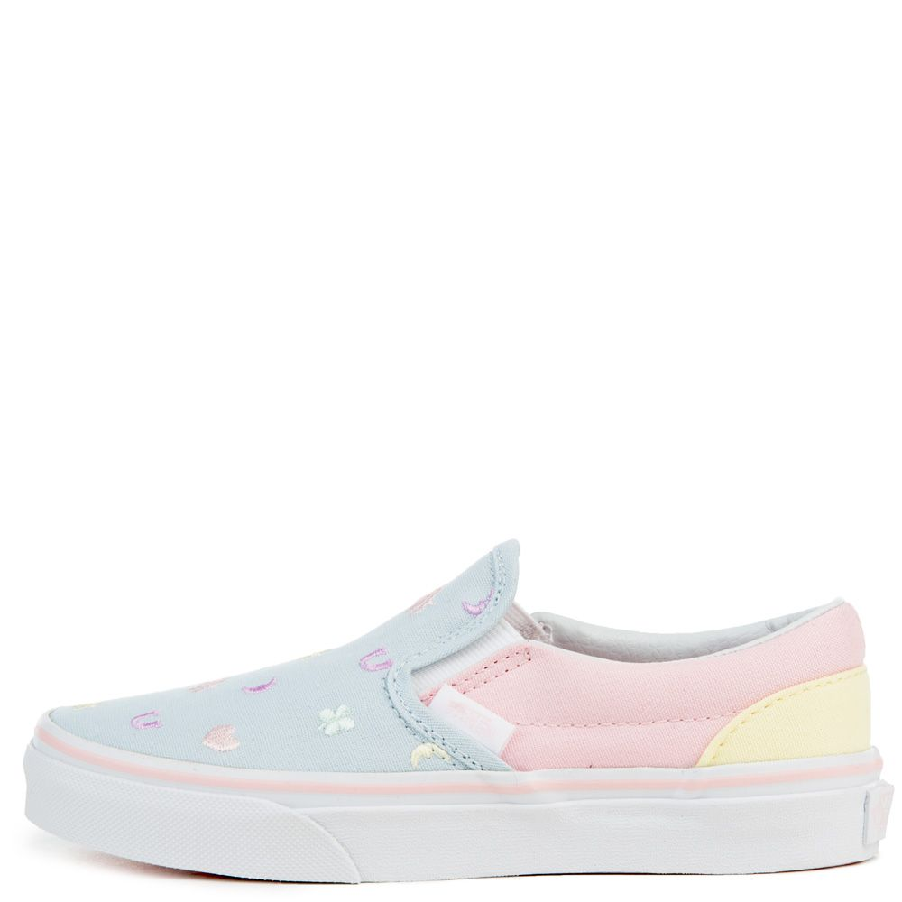 Charms Vans Classic Slip On Canvas Plimsolls C99y8035