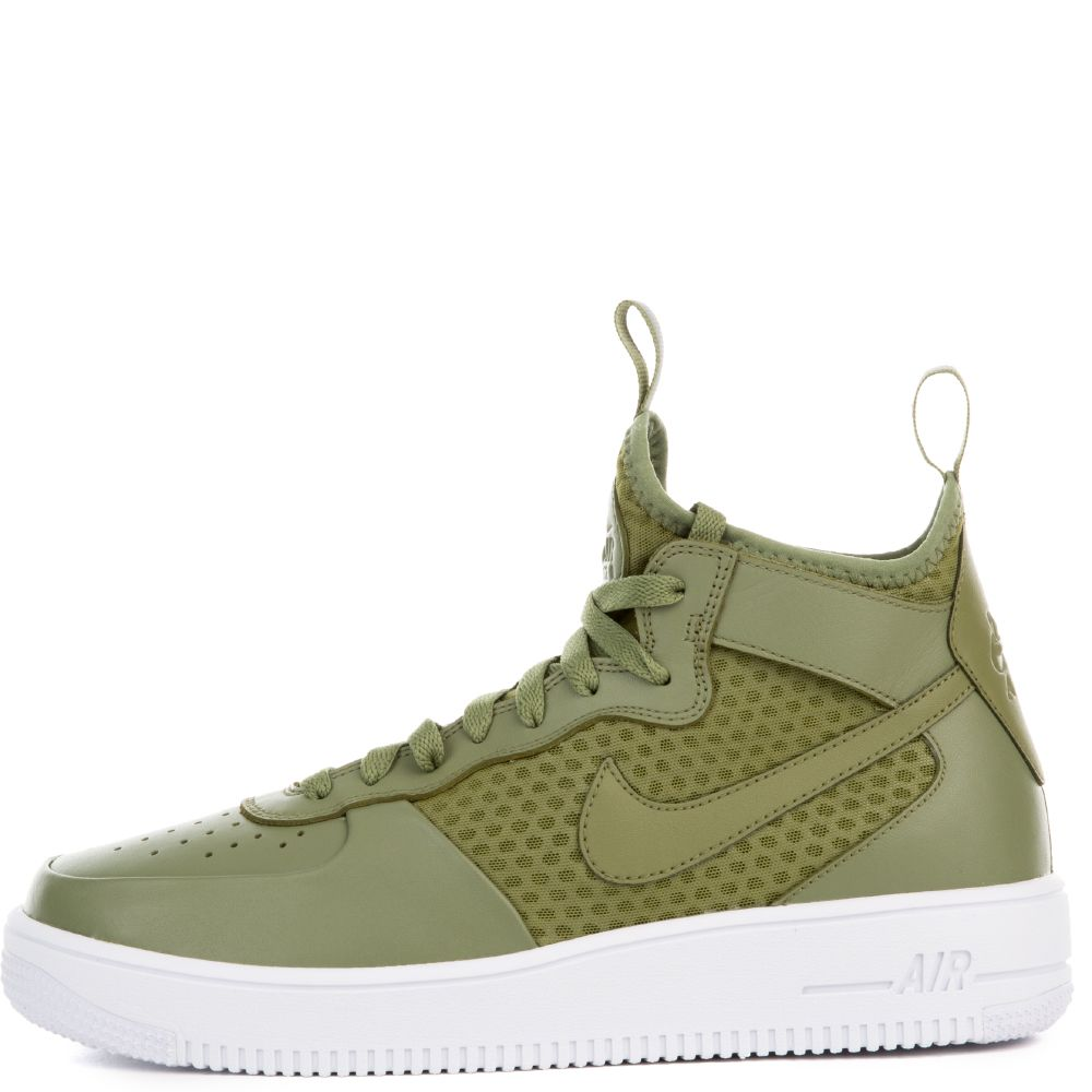 d0ffcc979ef denmark nike shox vc 092b7 10843  ireland green and white air force 1s nike  shox bb4 volt size 9 for sale results