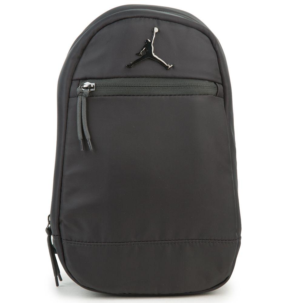 2bd9997a275137 jordan skyline flight mini pack in black