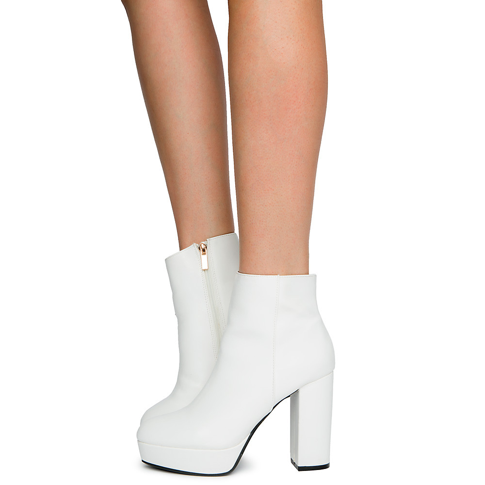 Women's Connection-02M Ankle Boots White